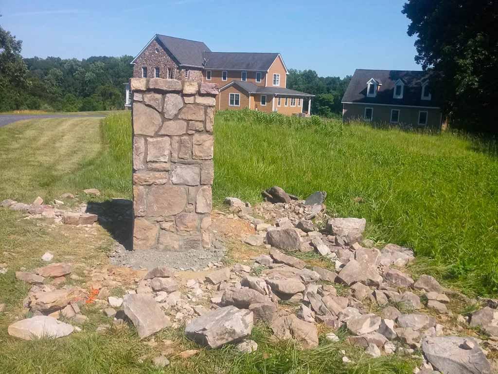 leesburg-va-stone-pillar-build